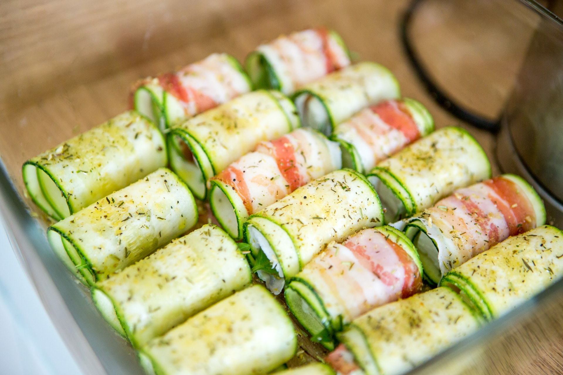 Zucchini-Schafskäse-Röllchen
