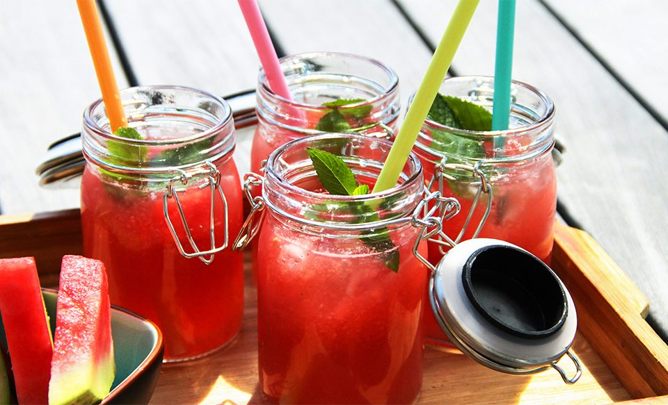 Wassermelone-Essig-Tonic