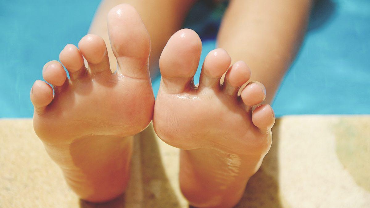Fußpflege mit Olivenöl - gepflegte Füße