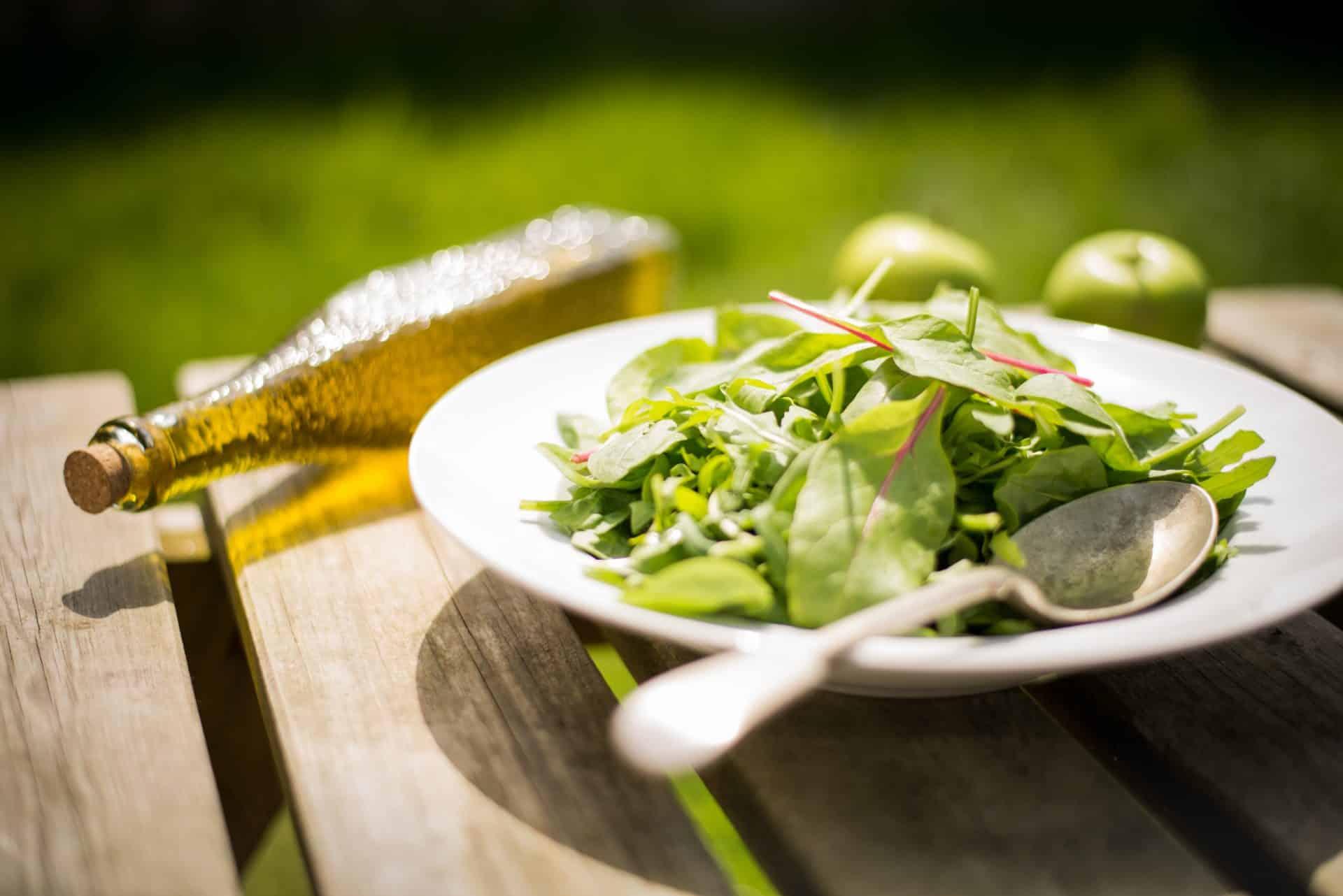 olivenöl im salat